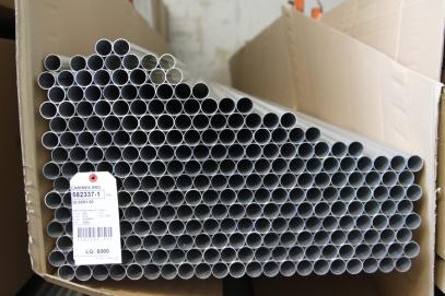 Roční spotřebu duralových trubek počítáme v tunách.